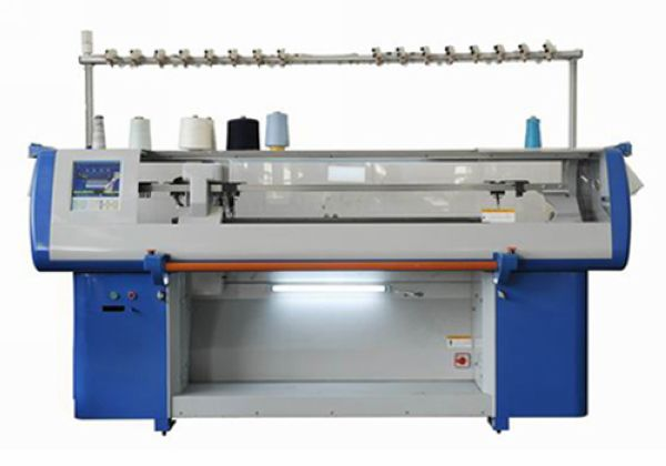 SunAuto single carriage double system knitting machine