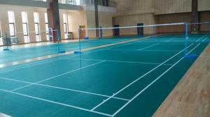 宁波市鄞州中学体育馆羽毛球场