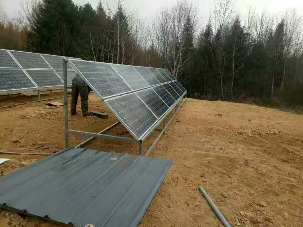 2017.4.30 <br/>Two sets of 4800w off-grid project of Yiling Spring Bureau of Forestry in Heilongjiang Province