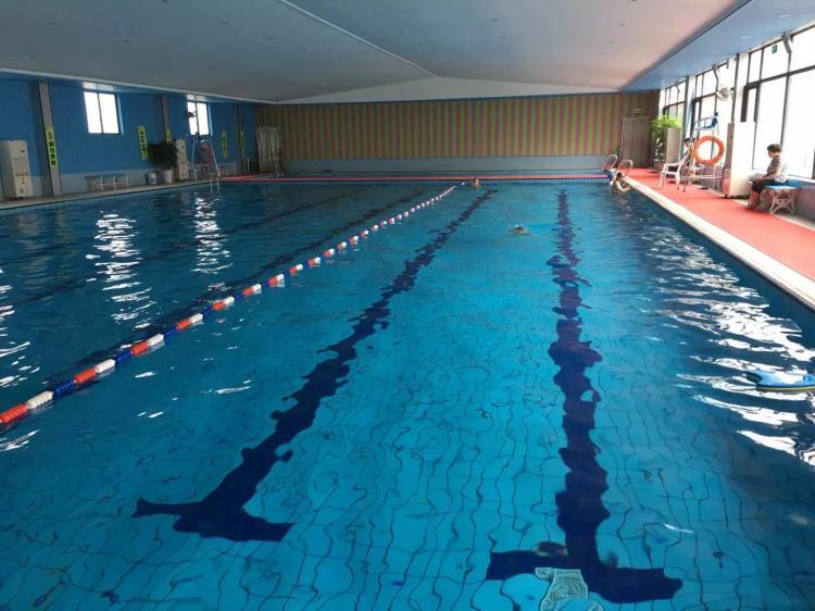 富阳傲胜健身室内恒温游泳池设备工程