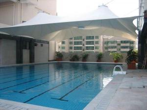 俱乐部游泳池顶棚