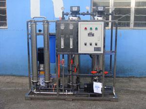 0.5吨/小时自动冲洗纯水设备